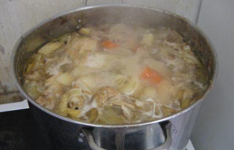 מתכון למרק עוף צח של אמא